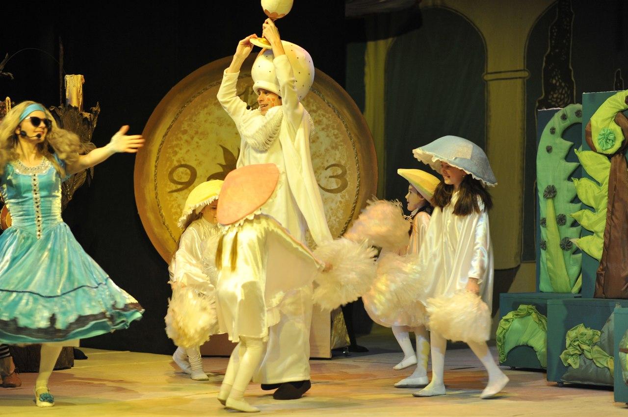 novorichni-ranku-teatr-lalok-rivne-13