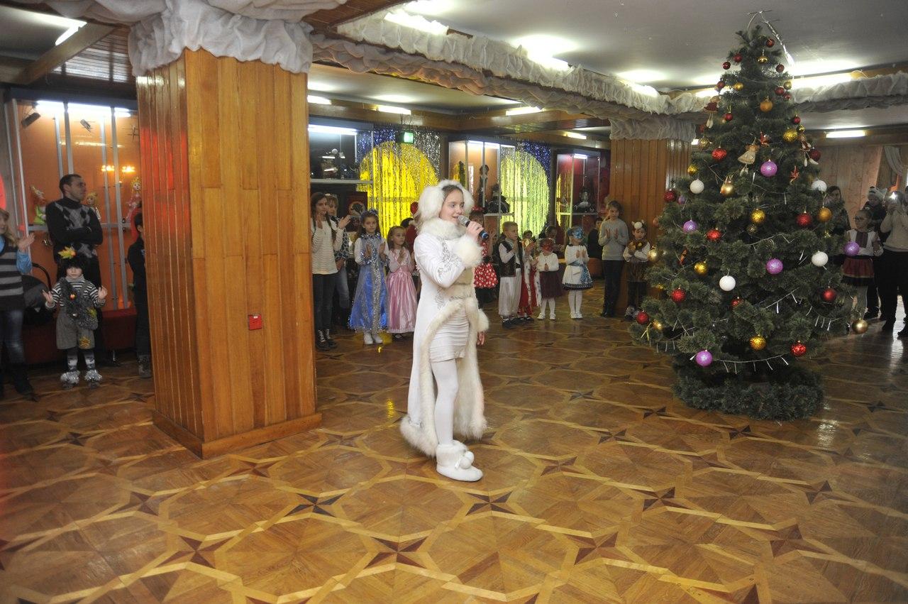 novorichni-ranku-teatr-lalok-rivne-17