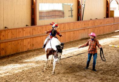 Фотозвіт свята дитячої школи верхової їзди Baby Rider