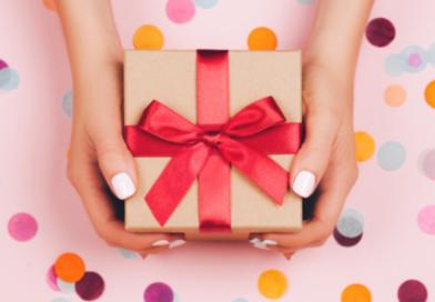 Топ 7 подарунків, які можна подарувати кому завгодно